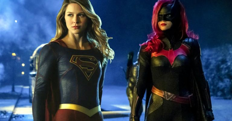 Batwoman, Supergirl