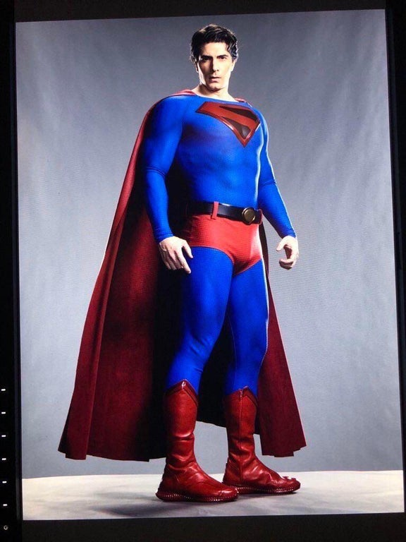 Brandon Routh Superman Crisis On Infinite Earths