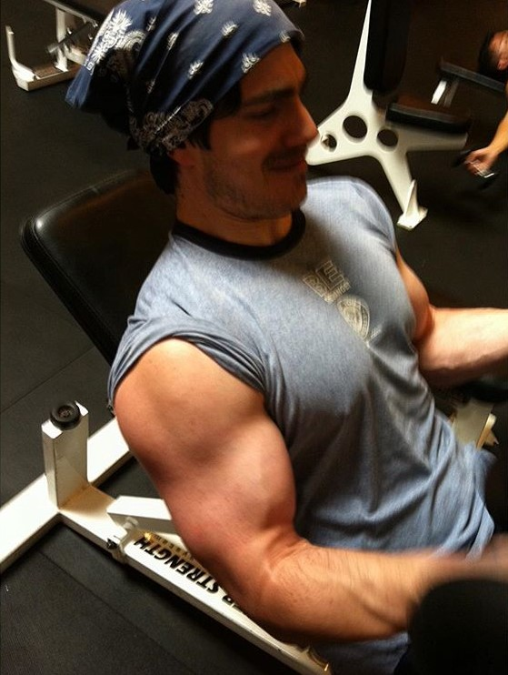 Brandon Routh Superman training