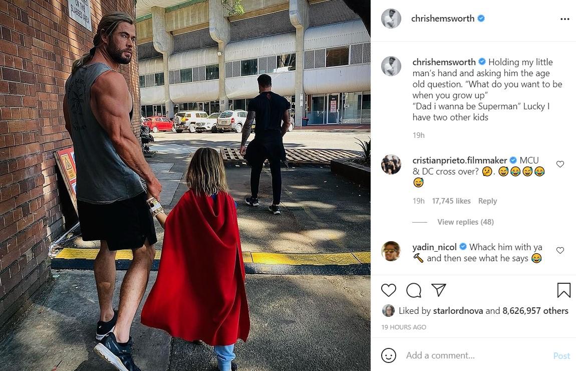 Chris Hemsworth skips leg day
