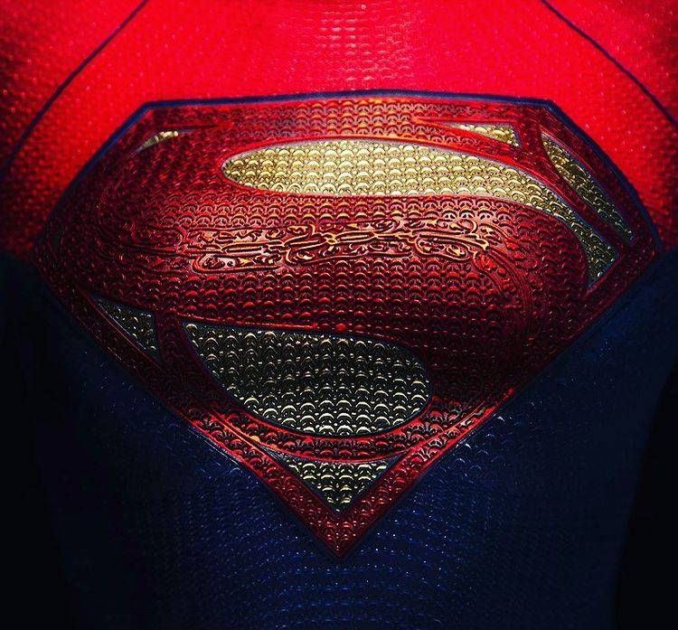 The Flash Supergirl Sashe Calle costume