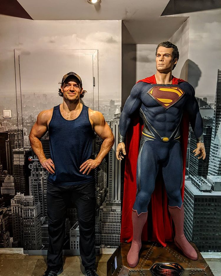Henry Cavill Superman jacked
