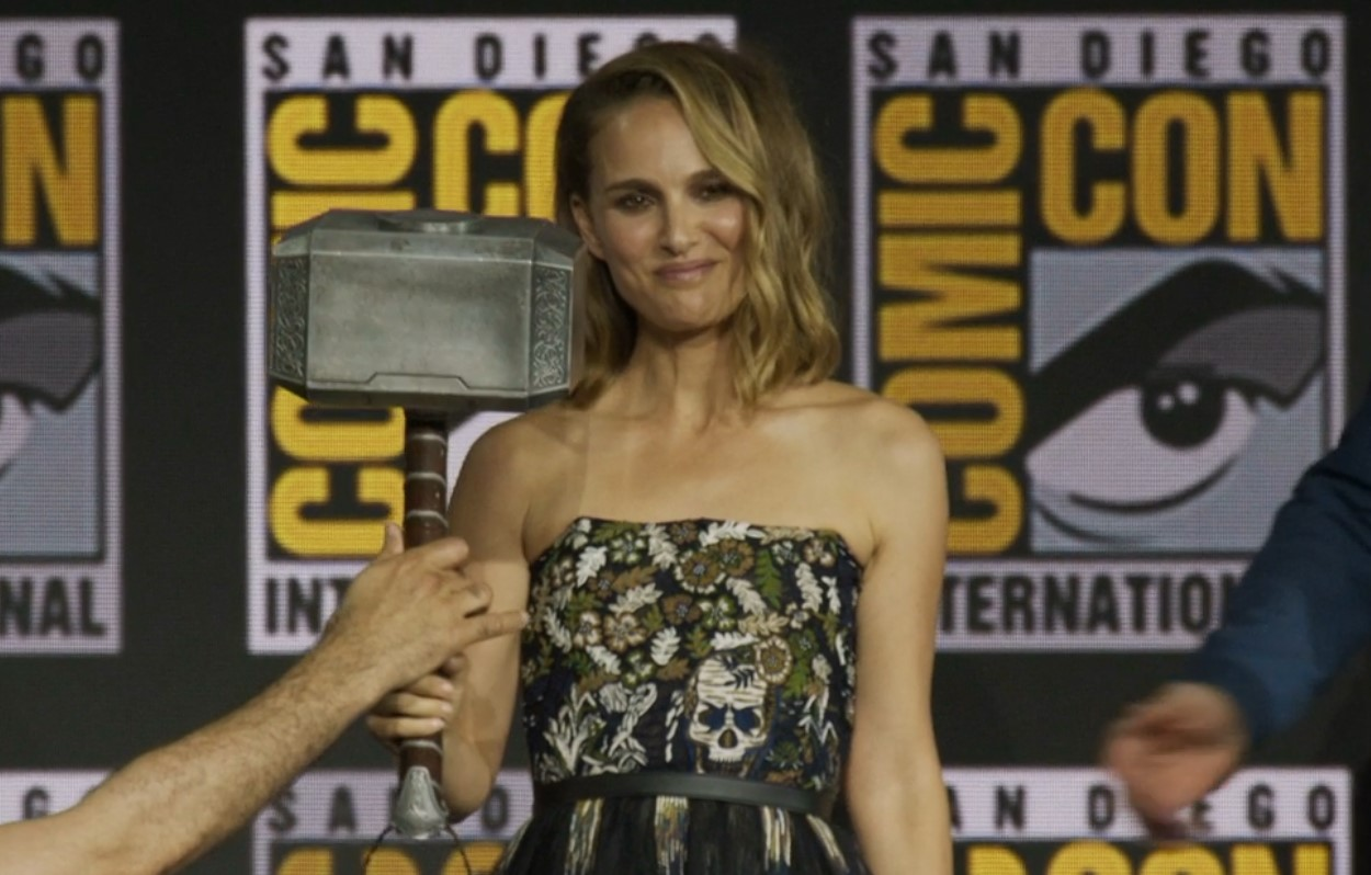 Natalie Portman Female Thor