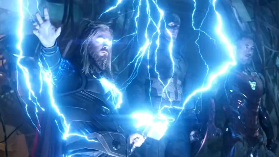 Chris Hemsworth Thor lightning