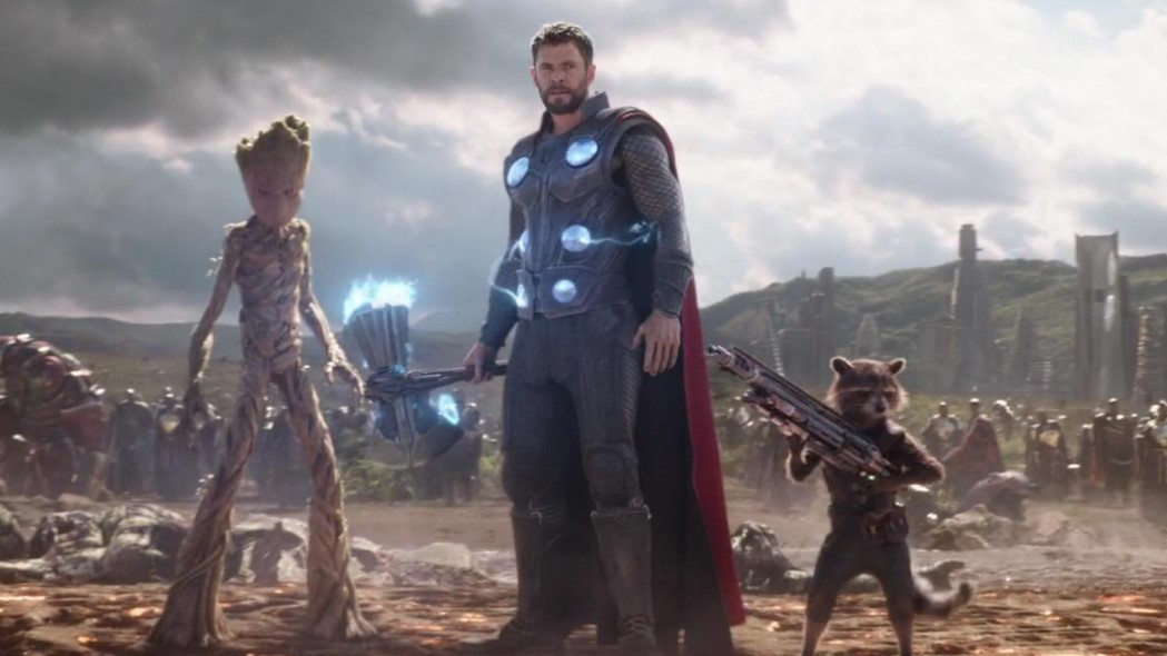 Chris Hemsworth Thor Rocket Racoon Groot