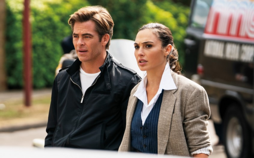 Wonder Woman 1984 Chris Pine handsome man and Gal Gadot