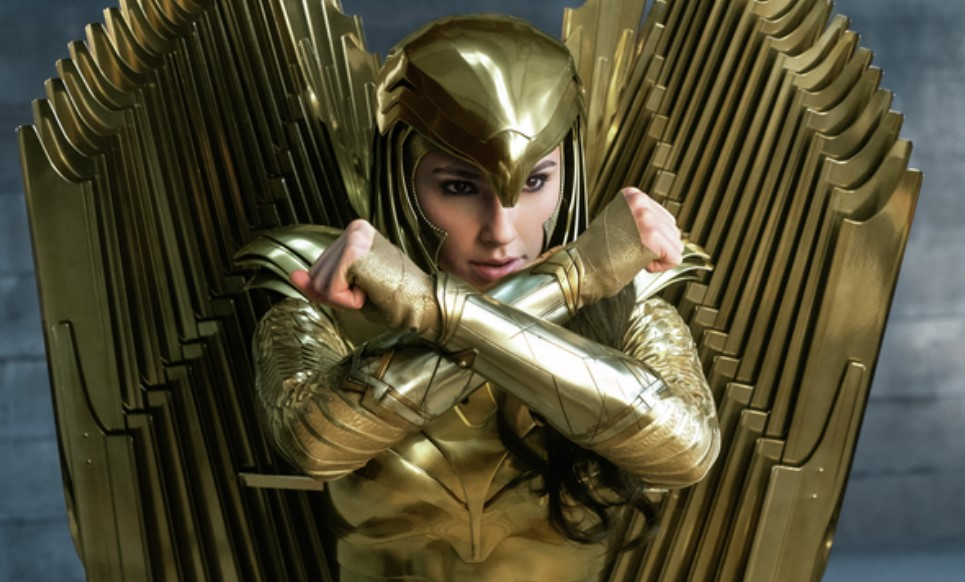 Wonder Woman 1984 Gal Gadot Golden Armor