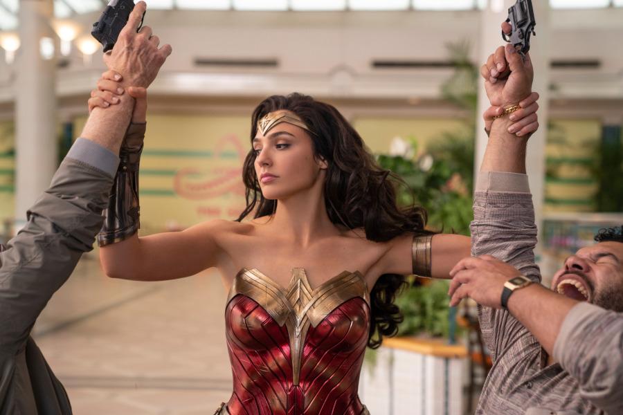 Wonder Woman 1984 mall scene Gal Gadot