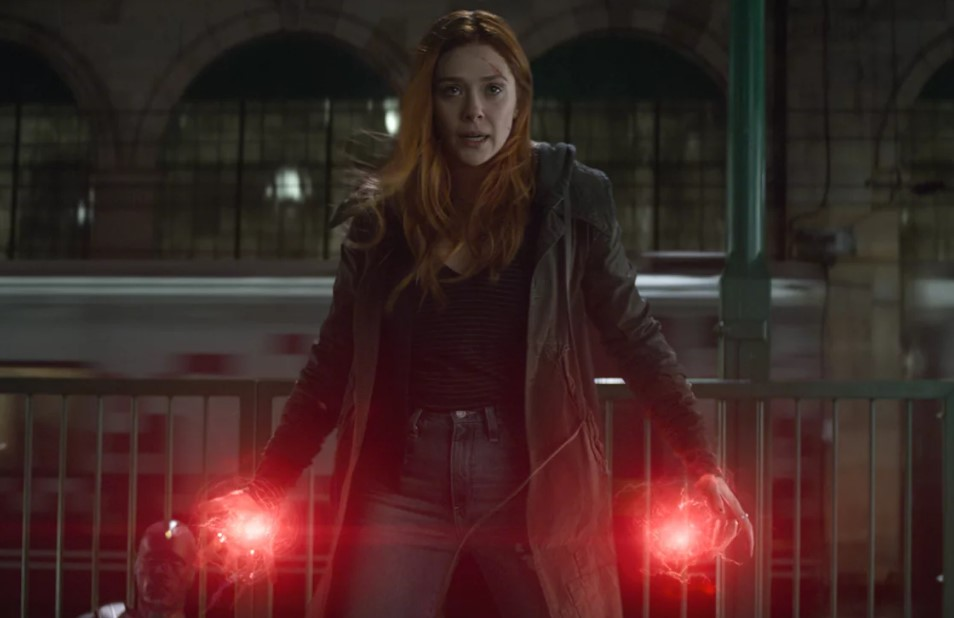 Elizabeth Olsen Avengers Infinity War