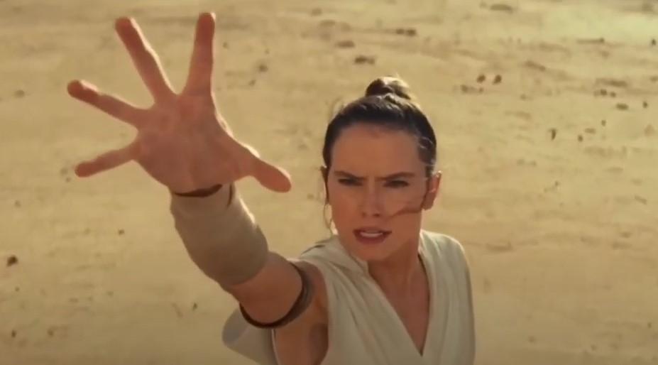 Star Wars Rey Chewbacca death scene