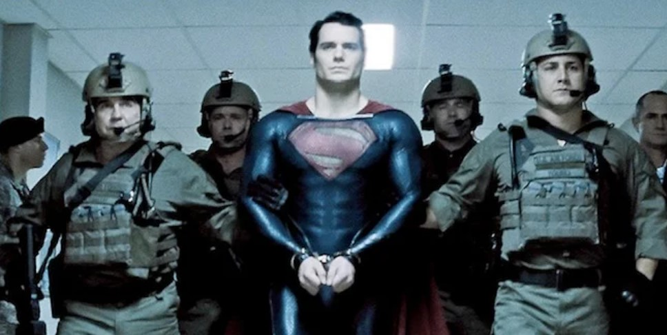Superman Henry Cavill handcuffs Man of Steel