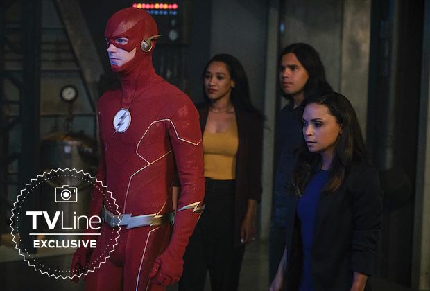 The Flash Season 6 New 52 costume