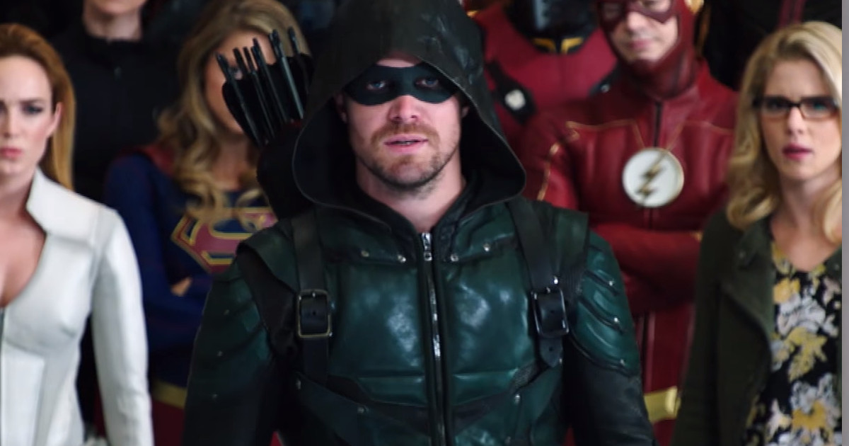 """Crisis on Earth-X """"Weapon"""" Trailer"""