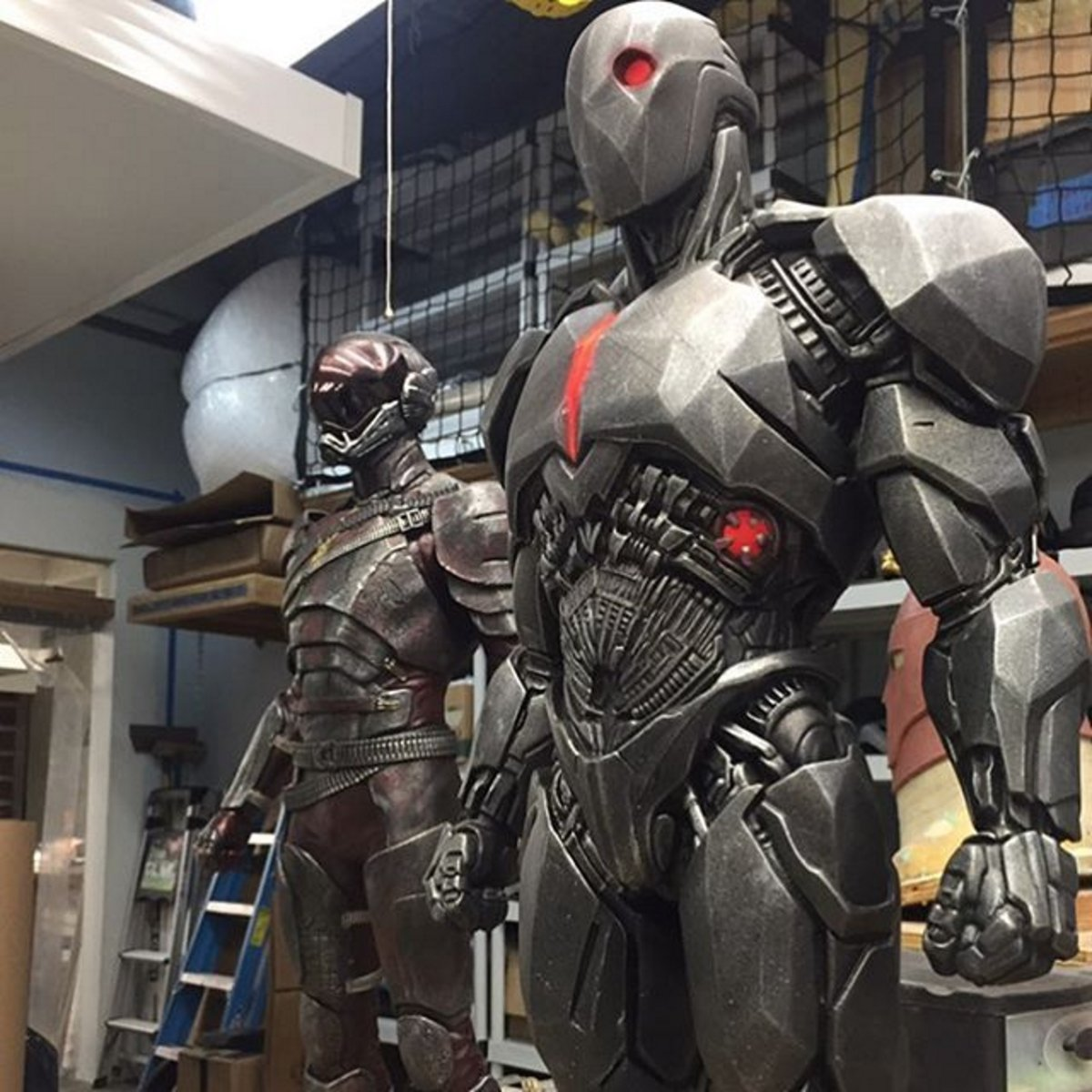 The Flash and Cyborg battlesuits