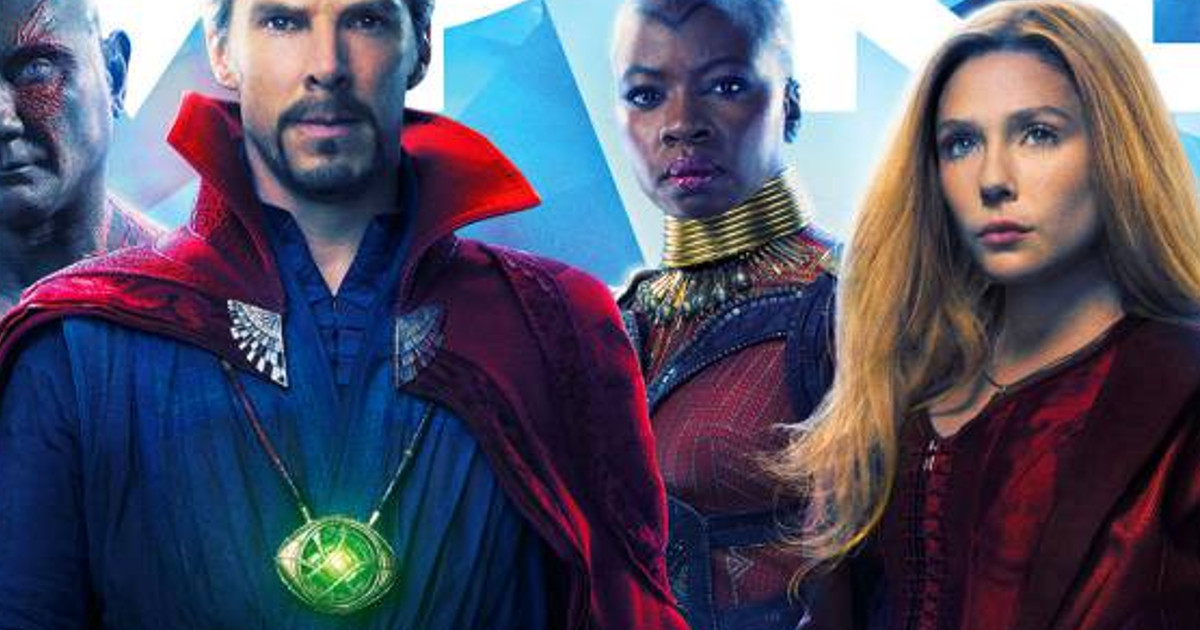 Elizabeth Olsen & The Internet React To Bad Photoshop On 'Avengers' Cover
