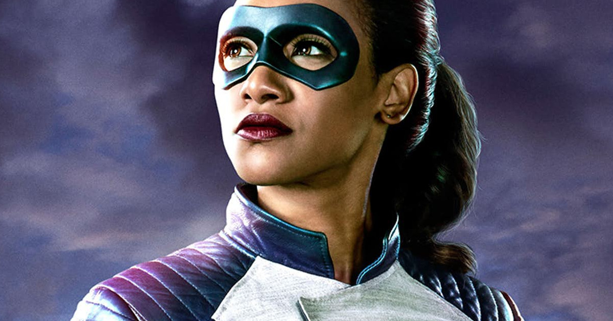 First Look At Candice Patton As The Flash