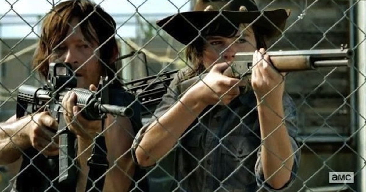 """Norman Reedus Is """"Desperately Unhappy"""" About Carl's Death In The Walking Dead"""