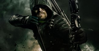 Stephen Amell Teases Rough Ride For Arrow Season 7