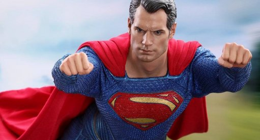 Henry Cavill Superman Justice League Figure Revealed From Hot Toys
