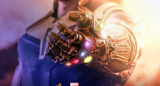 Hot Toys Teases Avengers: Infinity War Thanos and Captain America Figures