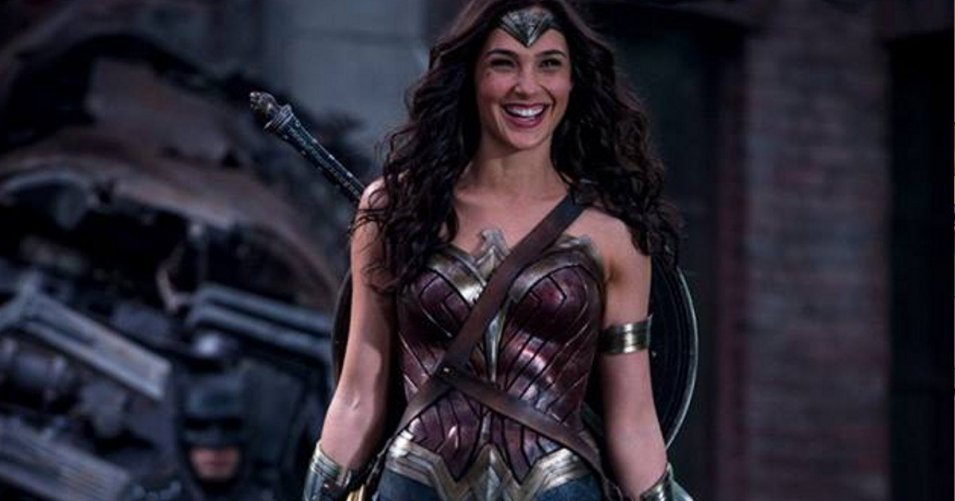 New Gal Gadot Wonder Woman Image From Batman Vs. Superman