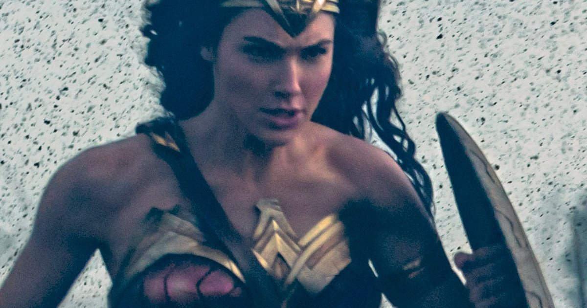 Wonder Woman & WB Crush It At Golden Trailer Awards