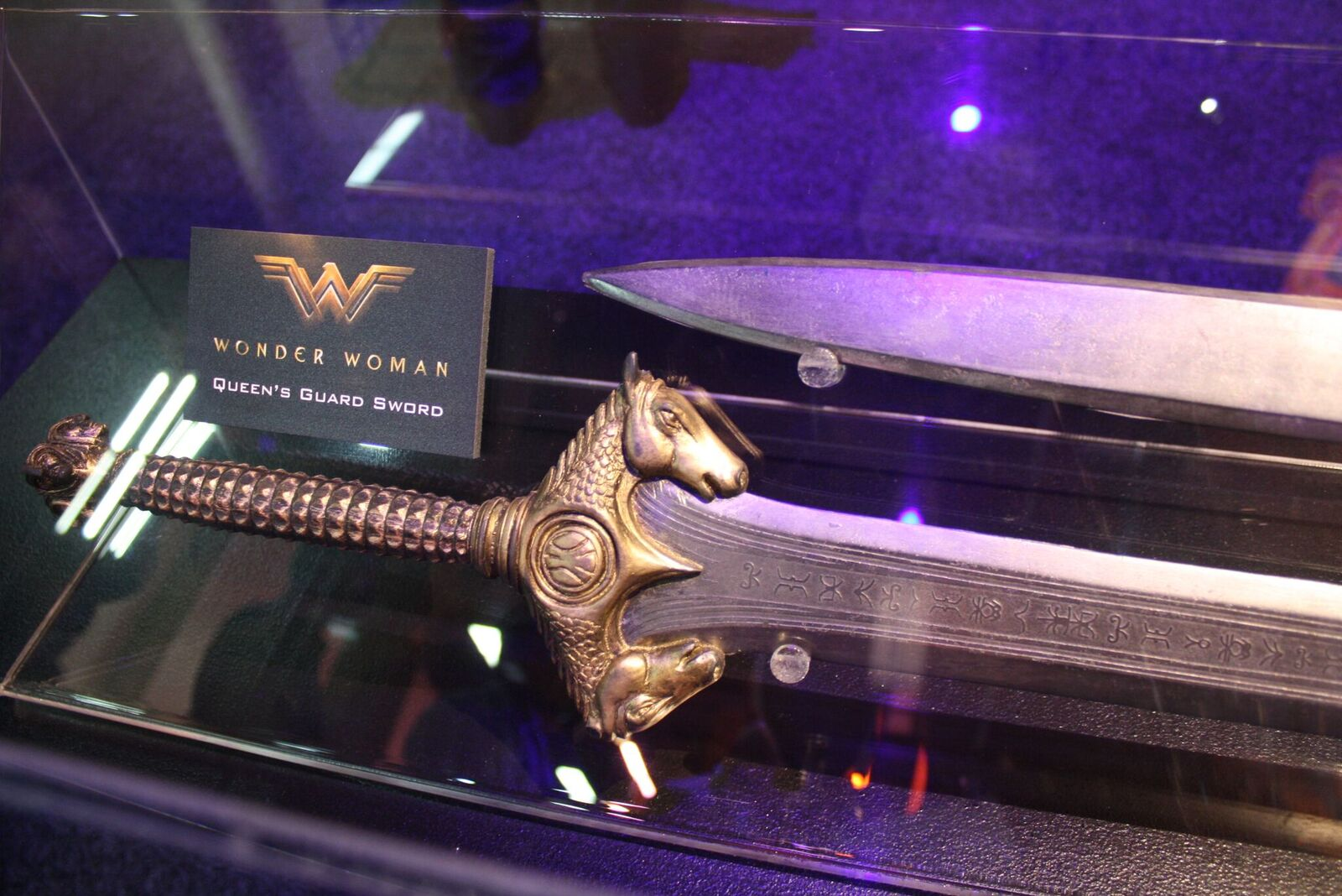 Wonder Woman Props u0026 Weapons Revealed At Licensing Expo ...